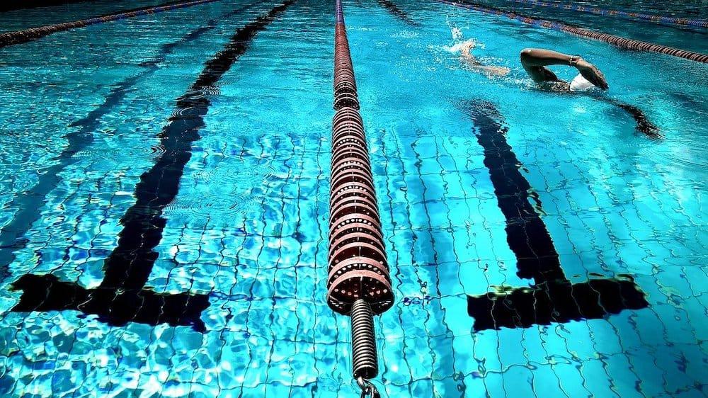 pływanie jak obstawiać u bukmachera